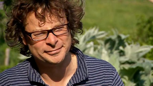 The River Cottage TV Show Begins With A Ridiculously Cheesy Cartoon Showing Curly Haired Driver Fleeing Polluted City For An Idyllic Paradise